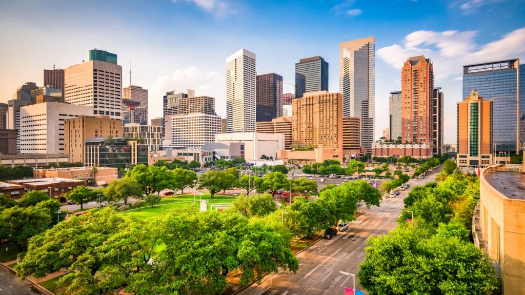 houston-texas-usa-skyline-picture-id1004243142 (2)