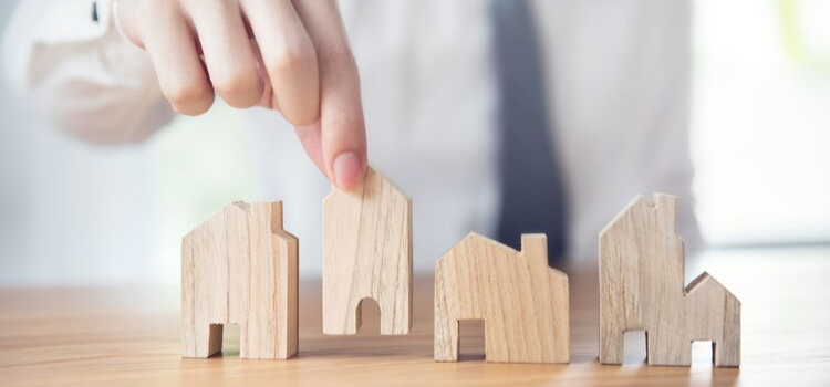 Commercial vs. Residential Real Estate: Which Should You Invest In?
