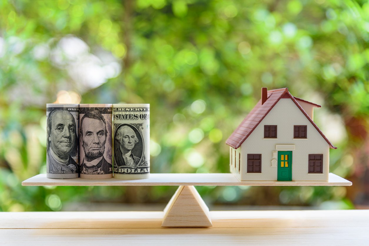 What is Real Estate Cash Flow and How Do You Maximize It?