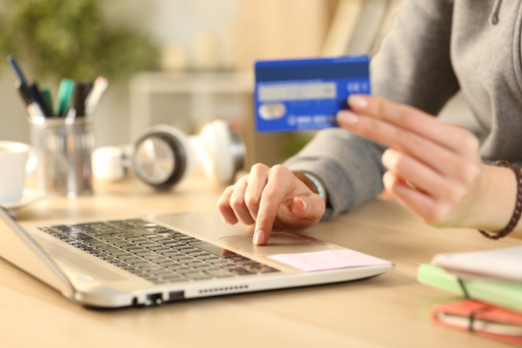 10 Tools to Help Landlords Accept Online Rent Payments